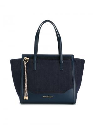 Декорированная сумка-тоут Salvatore Ferragamo. Цвет: синий