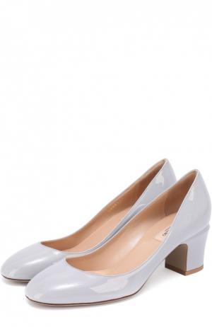 Лаковые туфли Tan-Go на устойчивом каблуке Valentino. Цвет: светло-серый