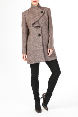 Пальто HDS. Цвет: коричневый