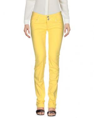 Джинсовые брюки TAKE-TWO. Цвет: желтый