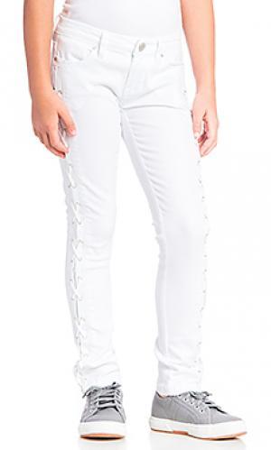Узкие джинсы на шнуровке BLANKNYC. Цвет: белый