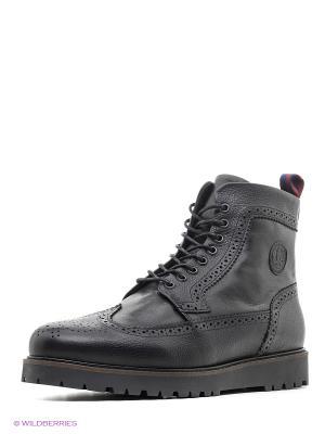 Ботинки Fred Perry. Цвет: черный