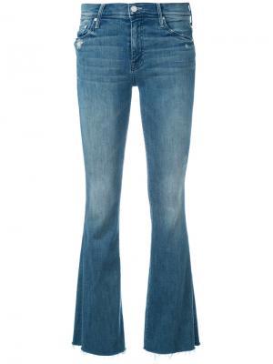 Слегка расклешенные джинсы Mother. Цвет: синий