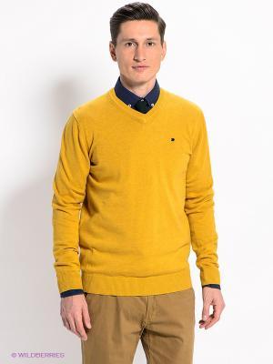 Пуловер Men of all nations. Цвет: горчичный
