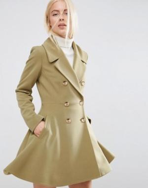 ASOS Приталенное пальто с большим воротником. Цвет: зеленый