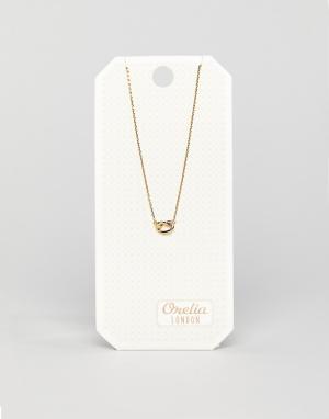 Orelia Ожерелье с подвеской-узелком. Цвет: золотой