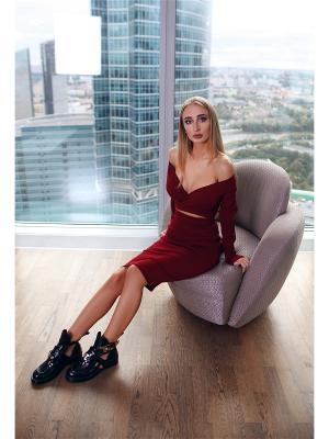 Костюм Lipinskaya Brand. Цвет: бордовый
