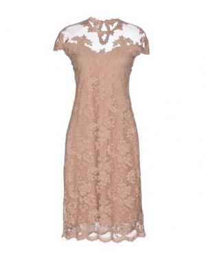 Платье до колена OLVI'S. Цвет: телесный