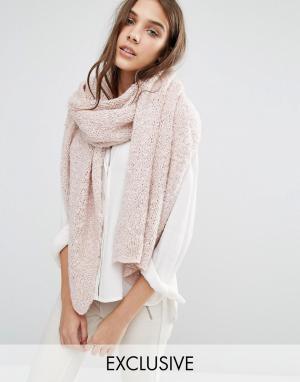 Stitch & Pieces Длинный вязаный шарф. Цвет: розовый