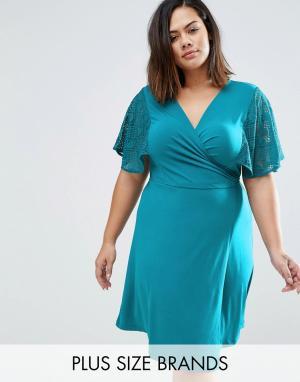 Praslin Платье с запахом и кружевными рукавами-кимоно Plus. Цвет: синий