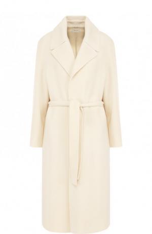 Однотонное кашемировое пальто с поясом The Row. Цвет: бежевый