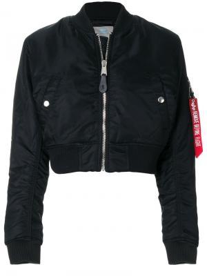 Укороченная куртка-бомбер Alpha Industries. Цвет: чёрный