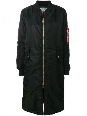 Длинная куртка-бомбер Alpha Industries. Цвет: чёрный