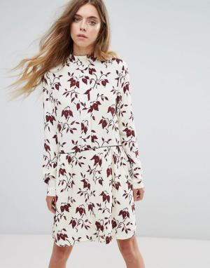 Ganni Платье-рубашка из крепа с принтом Maxwell. Цвет: красный