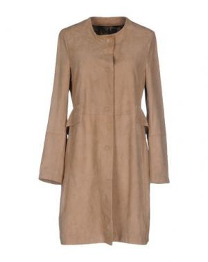 Легкое пальто OLIVIERI. Цвет: хаки
