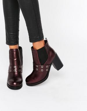 Park Lane Ботинки челси на каблуке с люверсами. Цвет: красный