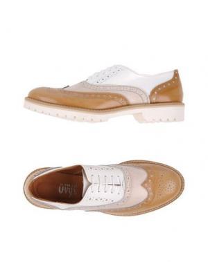 Обувь на шнурках OVYE' BY CRISTINA LUCCHI. Цвет: верблюжий