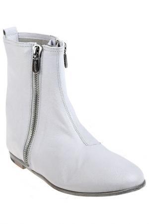 Ботинки Rocco P.. Цвет: белый