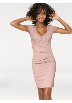 Моделирующее платье Ashley Brooke. Цвет: розовый