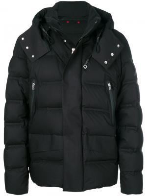 Пуховая куртка с капюшоном Peuterey. Цвет: чёрный