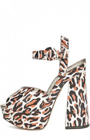 Босоножки Wild At Heart на устойчивом каблуке Charlotte Olympia. Цвет: леопардовый