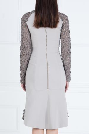 Платье с объемным кружевом Roland Mouret. Цвет: коричневый