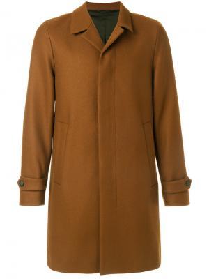 Классическое пальто на пуговицах Hevo. Цвет: коричневый