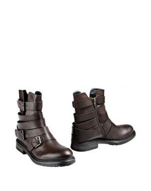 Полусапоги и высокие ботинки GEORGE J. LOVE. Цвет: темно-коричневый