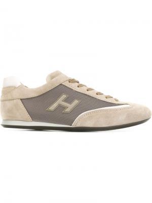 Кроссовки с панельным дизайном Hogan. Цвет: телесный