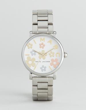Marc Jacobs Часы Classic MJ3579. Цвет: серебряный