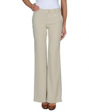 Повседневные брюки M!A F. Цвет: светло-серый