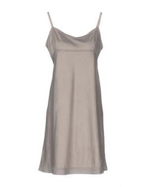 Короткое платье DOSA. Цвет: серый
