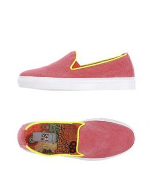 Низкие кеды и кроссовки YAB. Цвет: красный