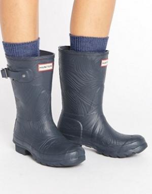 Hunter Короткие резиновые сапоги с волнообразной фактурой Original. Цвет: темно-синий