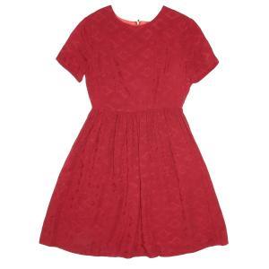 Платье с круглым вырезом и короткими рукавами PEPALOVES. Цвет: красный