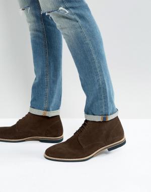 ASOS Коричневые замшевые ботинки на шнуровке с контрастной подошвой. Цвет: коричневый