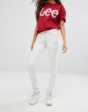 Lee Выбеленные зауженные джинсы Scarlett. Цвет: белый