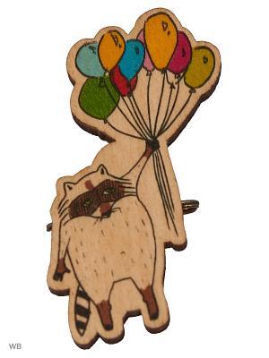 Енот и шарики (деревянный значок в упаковке) Эксмо. Цвет: светло-коричневый
