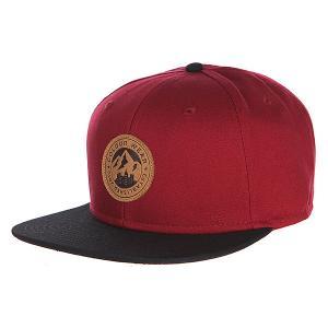 Бейсболка  Badge Cap Burgundy CLWR. Цвет: бордовый