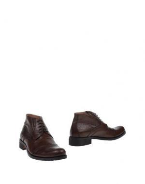 Полусапоги и высокие ботинки MALDINI. Цвет: какао