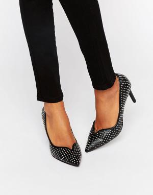 Office Кожаные остроносые туфли-лодочки с заклепками Minx. Цвет: черный