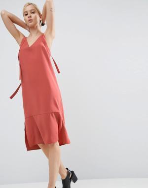 ASOS Платье-комбинация. Цвет: коричневый