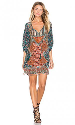 Платье sasha Tolani. Цвет: зеленый