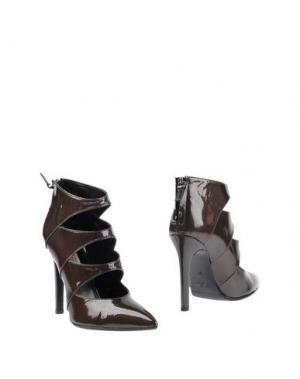 Полусапоги и высокие ботинки SPAZIOMODA. Цвет: темно-коричневый