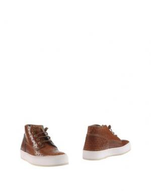 Полусапоги и высокие ботинки BARLEYCORN. Цвет: коричневый