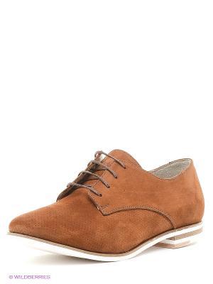 Туфли Benta. Цвет: коричневый