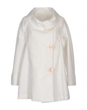 Легкое пальто GUTTHA. Цвет: белый
