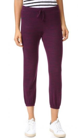 Уютные брюки из джерси Galenia Velvet. Цвет: ежевика