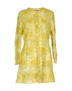 Легкое пальто CABAN ROMANTIC. Цвет: желтый