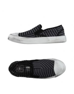 Низкие кеды и кроссовки O.X.S.. Цвет: серый